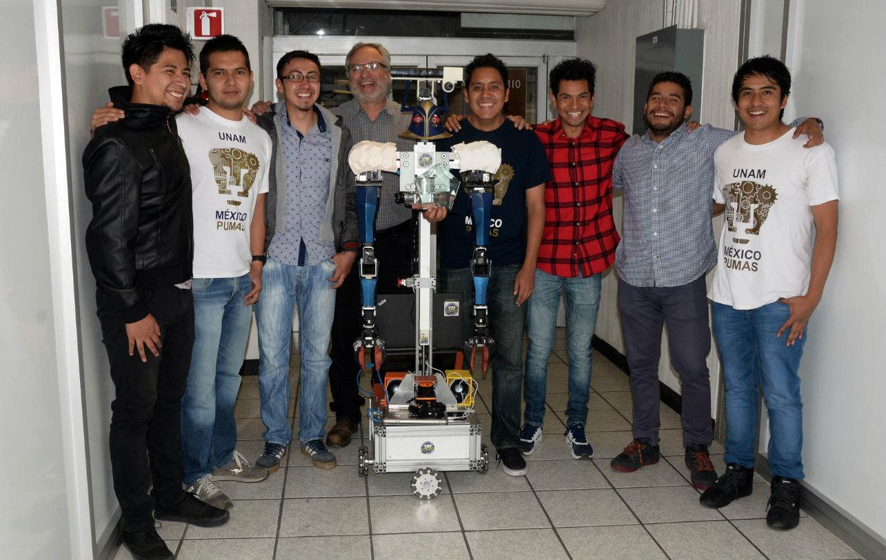 UNAM-universitarios