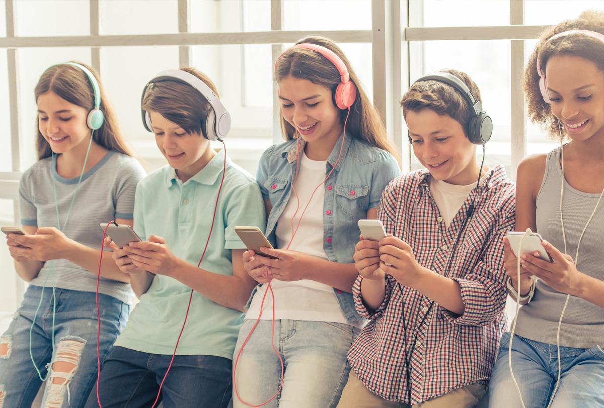 iGen es una generación que vive día y noche con el uso de internet.
